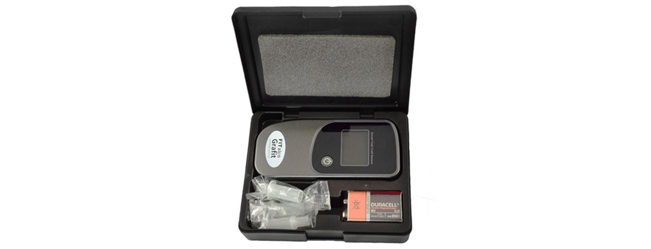 Alkomat FITalco w pudełku z akcesoriami