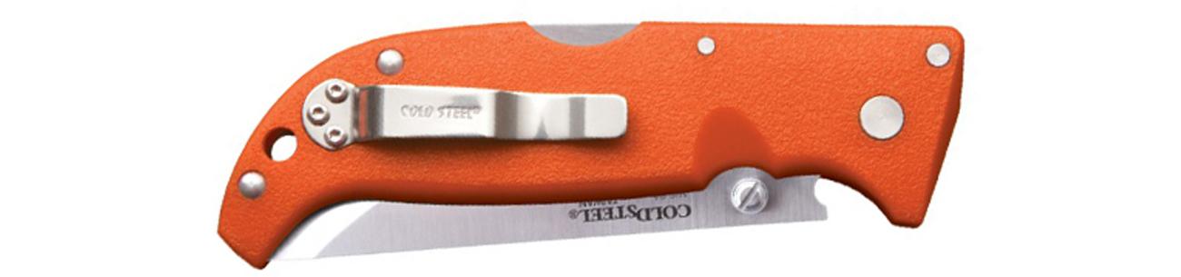 Złożony nóż z widocznym klipsem Cold Steel Finn Wolf Orange