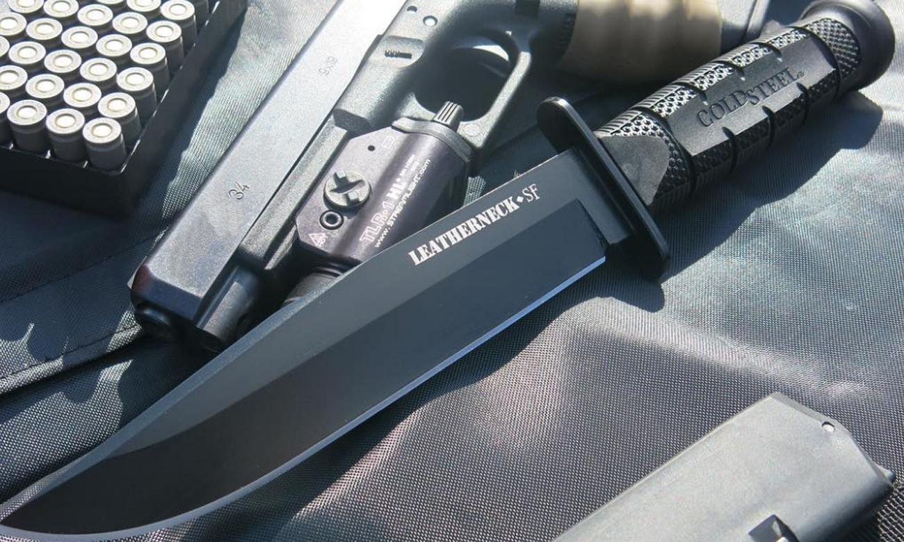 Nóż z głownią stałą Cold Steel Leatherneck SF