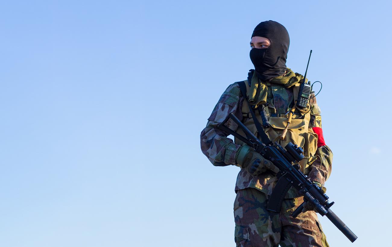 Żołnierz w kominiarce