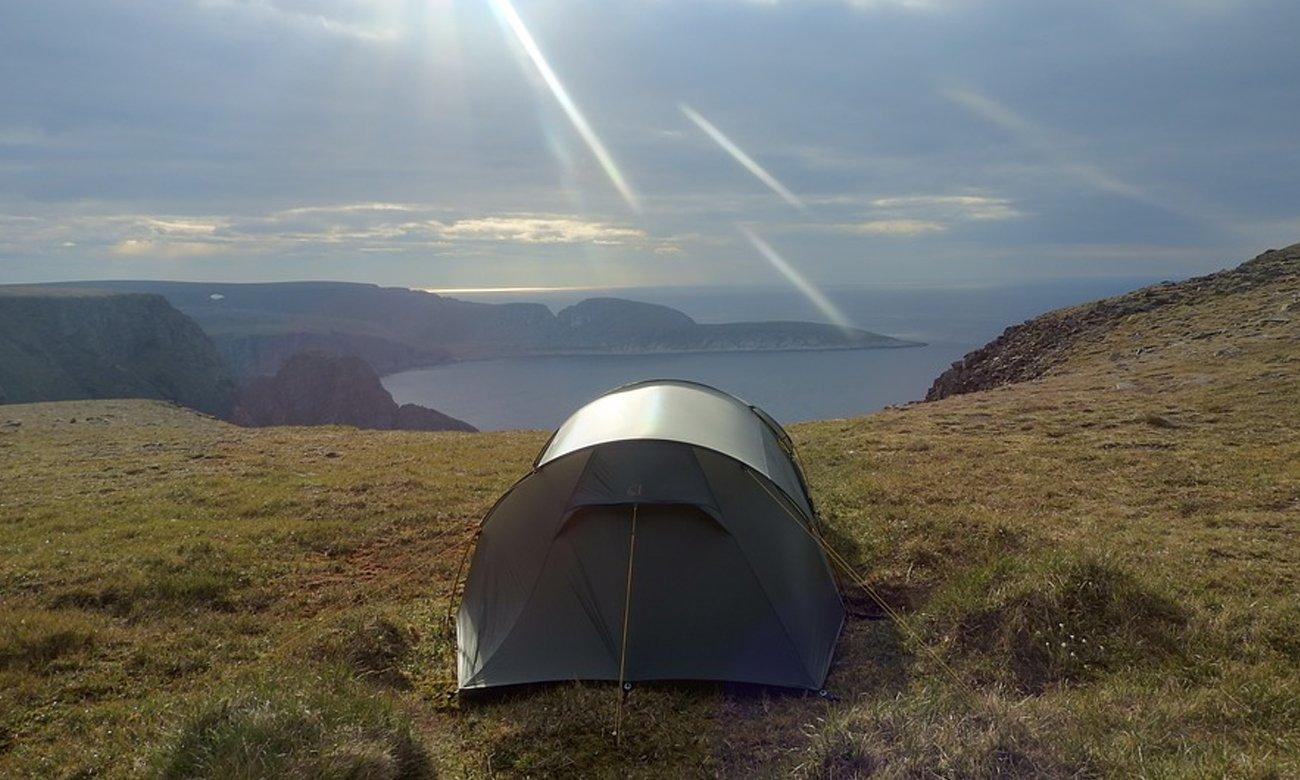 Namiot nad klifem