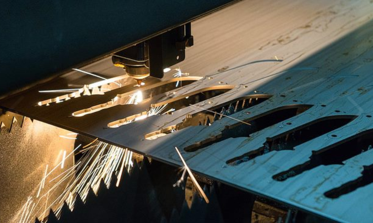 Produkcja noża Gerber Gear LMF II Infantry - Black