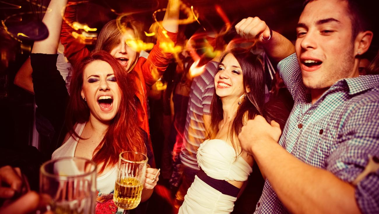Przyjaciele na imprezie