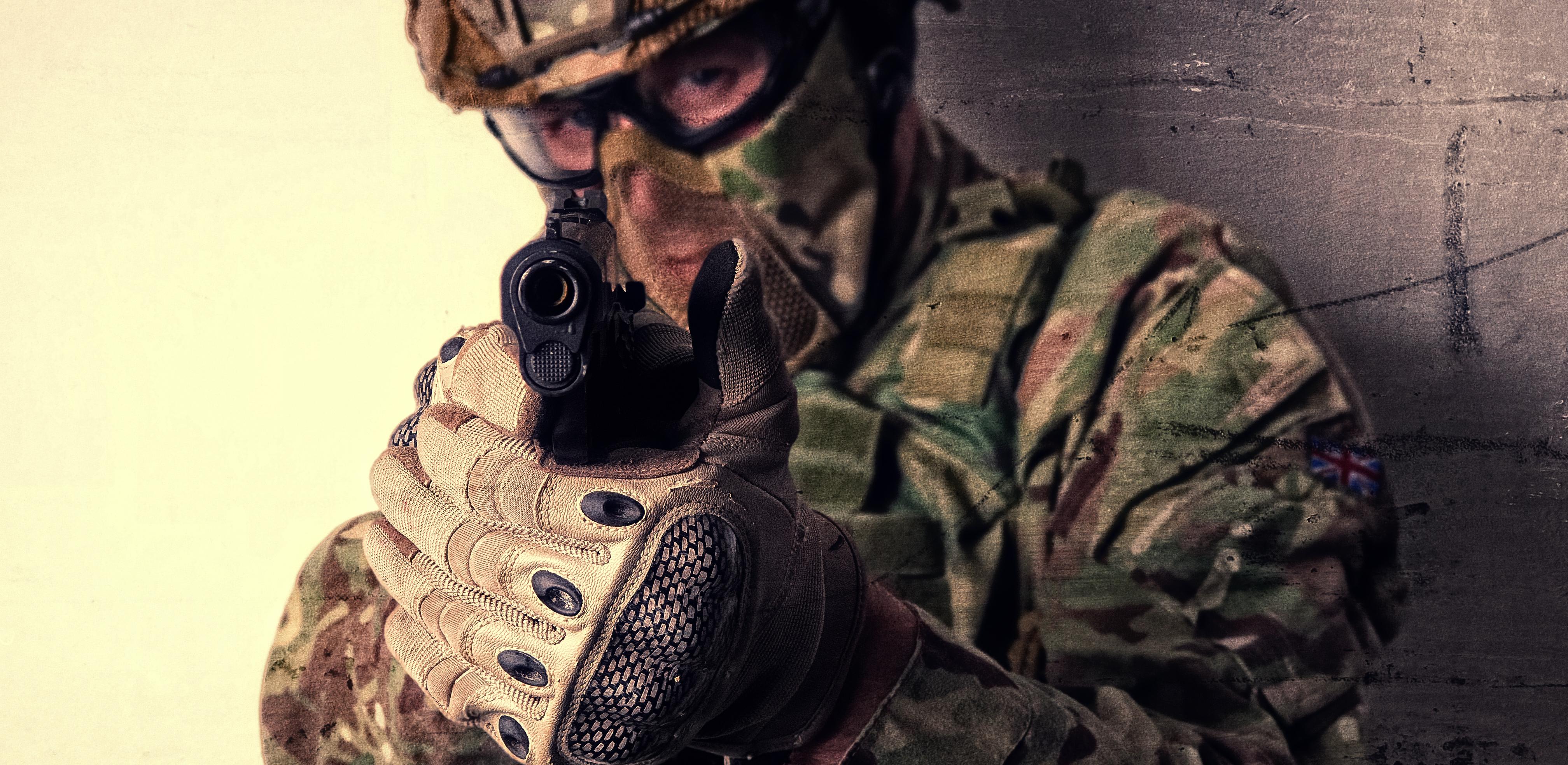 PPQ M2 Walther podczas rozgrywki