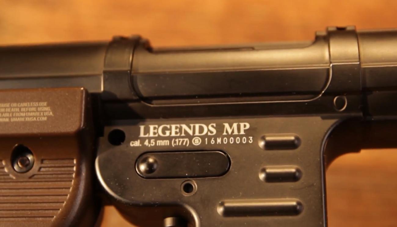Umarex Legends MP40 konstrukcja z tłoczonej blachy