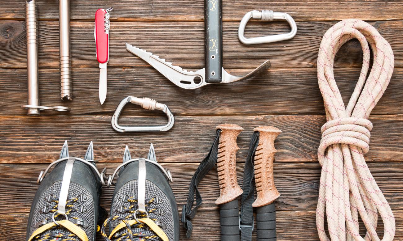 Wyposażenie wyprawowe i nóż